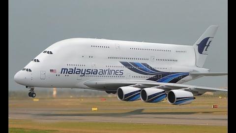 Airbus A380: Най-големият пътнически самолет на света :: е ...